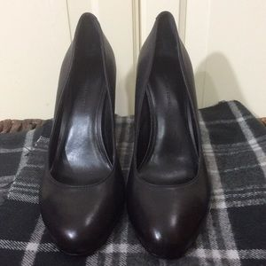 Black Leather Heels by Banana Republic 7.5 EUC